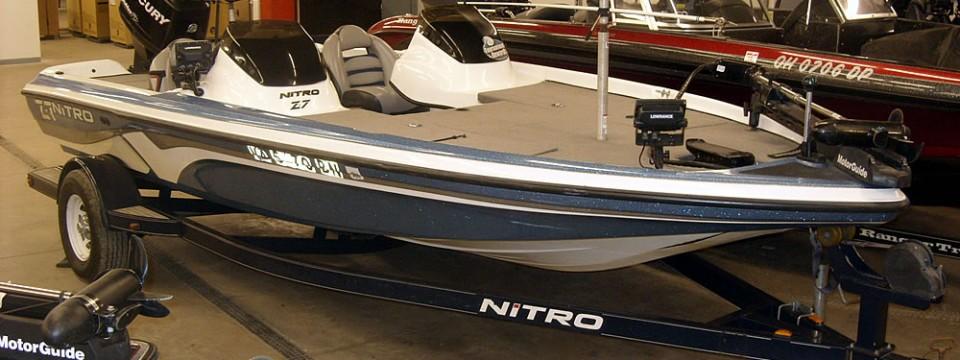 2008 Tracker Nitro Z-7 + Mercury 150