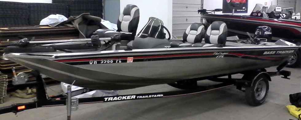 2003 Bass Tracker Pro Crappie 175