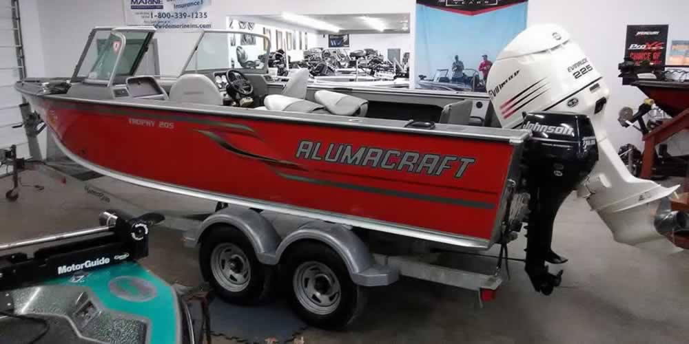 2008 Alumacraft Trophy 205 – Evinrude 225 + Johnson 9.9 Kicker