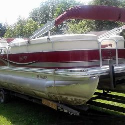 2009 Bennington 2275RLI Pontoon - Honda 9.9 Four Stroke
