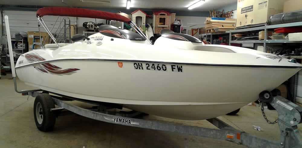 Yamaha Jet Boat