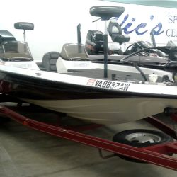 2000 Champion 203DC - Mercury 225 EFI