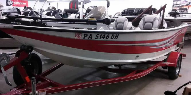 2012 SmokerCraft 16 Pro Angler XL - Honda 20 Four Stroke